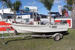 Quintrex 430 Fishabout centre console Rockingham Rockingham Area Preview
