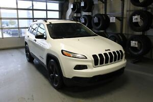 2016 Jeep Cherokee Sport| Cloth| Remote Start| Back-Up Camera| B