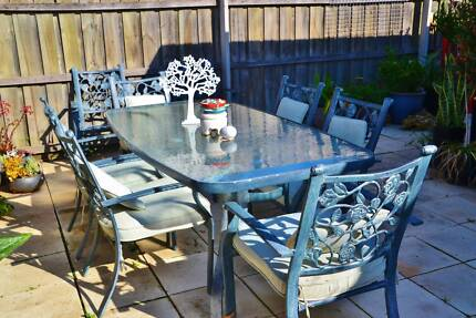 Outdoor Dining Setting Part 60