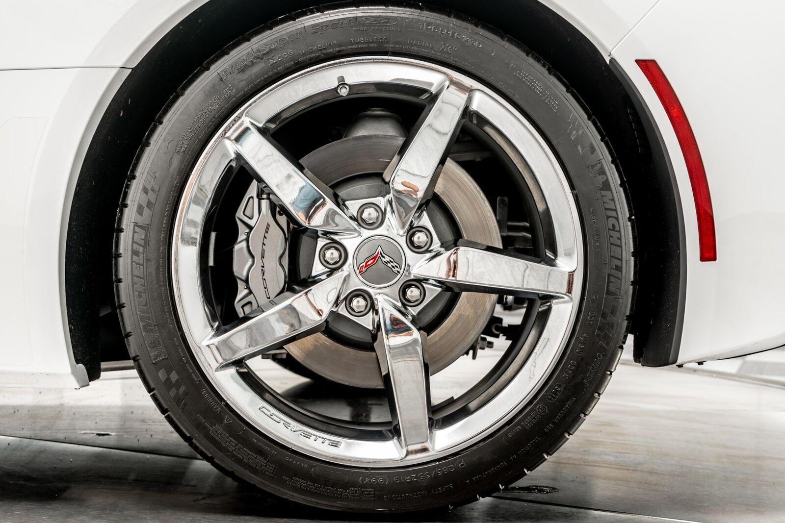 2015 White Chevrolet Corvette Convertible 3LT   C7 Corvette Photo 10