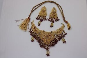 Brand New Artificial Jewelry Set