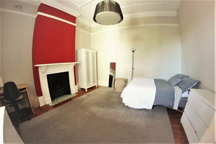 Live in luxury, large double room