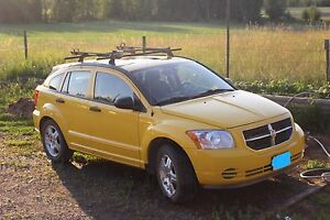 2007 Dodge Caliber Hatchback with roof rack