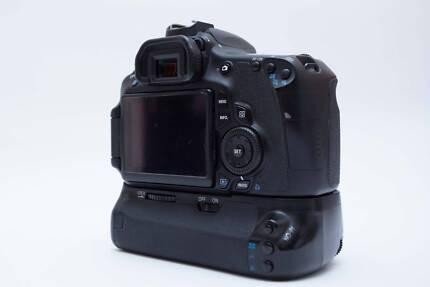 Canon EOS 60D Body + Battery Grip, FREE BAG & MUG