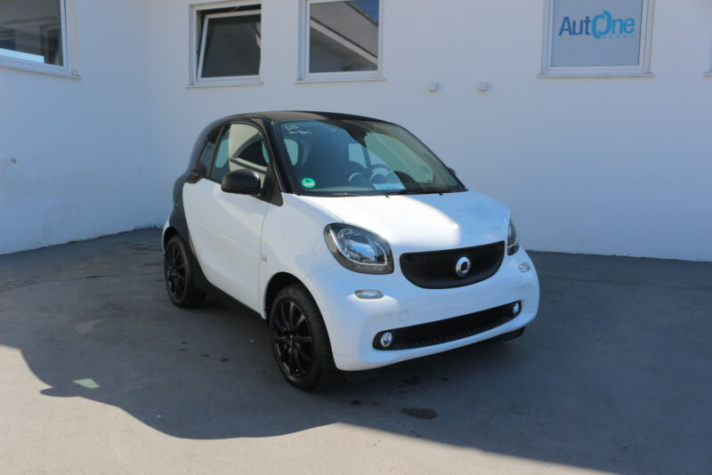 Smart fortwo 1.0 71cv youngster twinamic automatic