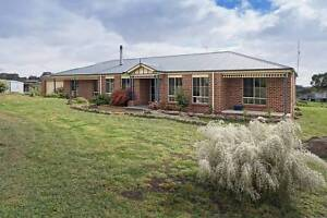 Magnificent Family Home on 4 Acres