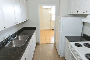 2 BDRM IN OLD SOUTH- CALL 519-432-1471