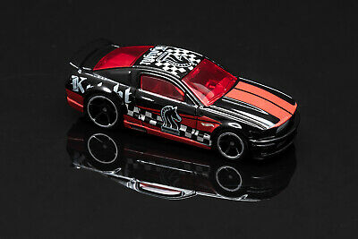 Hot Wheels '07 Mustang Checkmate Black Knight Hard to Find Loose Fast Ship L30
