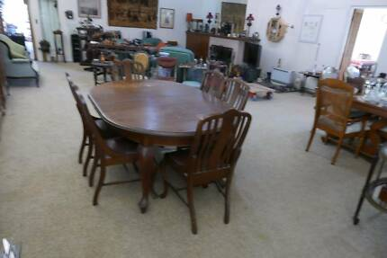 Antique Queensland Maple Dining Table And Six Qld Chairs