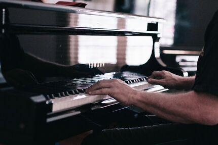 Piano Lessons with Dr Martyn Love