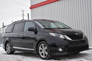 2014 Toyota Sienna SE Roof/Leather
