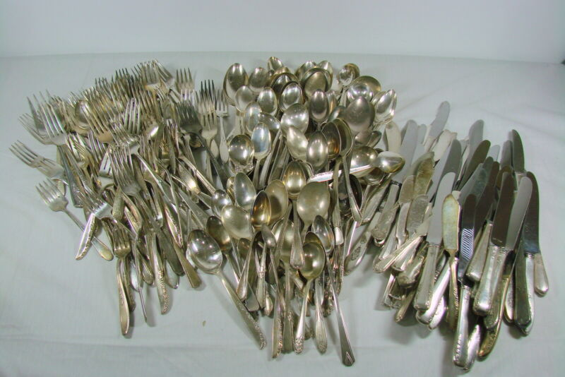 Lot 285 Vintage Silverplate Flatware Mixed Arts Craft Resale No Monograms
