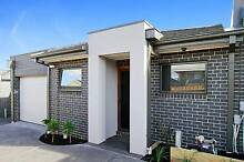 BRAND NEW DESIGNER TOWNHOUSE - NTERNET INCLUDED IN RENT Reservoir Darebin Area Preview