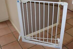 Baby safety gate Mudgeeraba Gold Coast South Preview