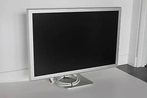 "Apple Cinema Display 30"" Inch (Dead Pixels) (+ A1098 Adapter) Brisbane City Brisbane North West Preview"