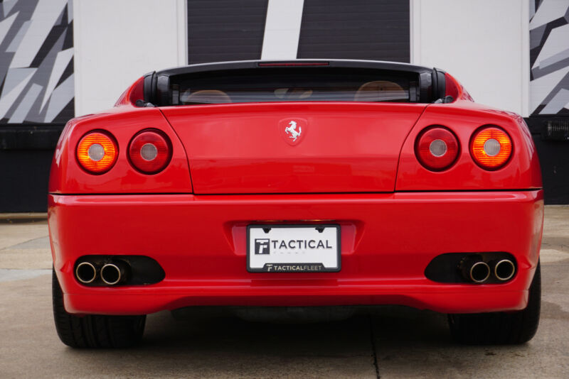 Image 14 Voiture Européenne d'occasion Ferrari Superamerica 2005