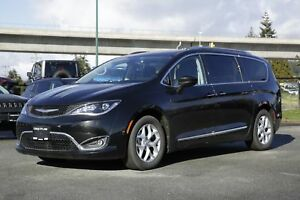 2017 Chrysler Pacifica Touring L Plus - SUNROOF, ALLOY WHEELS, L
