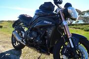Triumph Speed Triple 1050 ABS 2011 Newport Hobsons Bay Area Preview