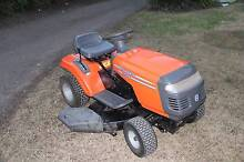 husqvarna Ride on lawn mower 38in cut, 6 speed Cranebrook Penrith Area Preview