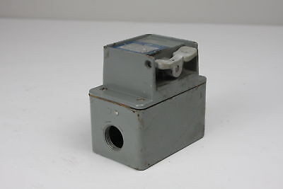 Square D Motor Starter Switch 2510kw2h
