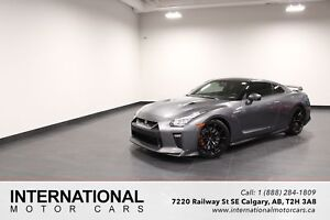 2017 Nissan GT-R BLOWOUT PRICING!