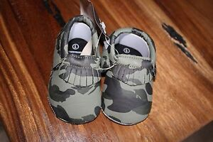 Camo baby moccasins- size1- 0-6mo