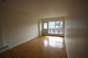 Renovated 2 bedroom available as of September -PLATEAU- MT-ROYAL