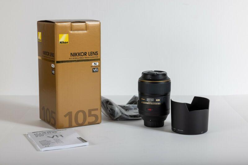 Nikon AF-S VR Micro-NIKKOR 105mm f/2.8G IF-ED Lens Lightly Used