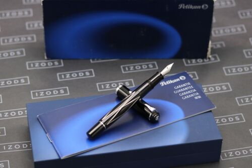 Pelikan Souveran M215 Black Lozenge Fountain Pen