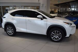 2015 Lexus NX 200t w/ LEATHER / SUNROOF / BACK-UP CAM.