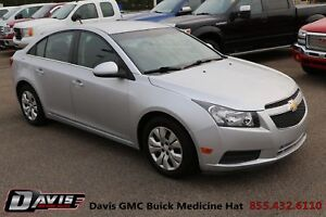 2014 Chevrolet Cruze 1LT Cruise control! Power heated outside...