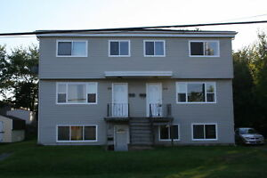 Fairview 3BR Unit  - Heat & Water Incl - Backyard