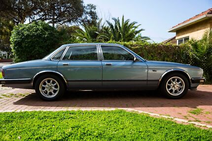 1989 Jaguar Sovereign Sedan