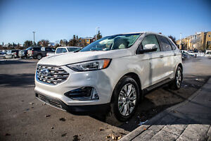 2019 Ford Edge Titanium AWD, Cold Weather Pack, Pano Roof, Ad...