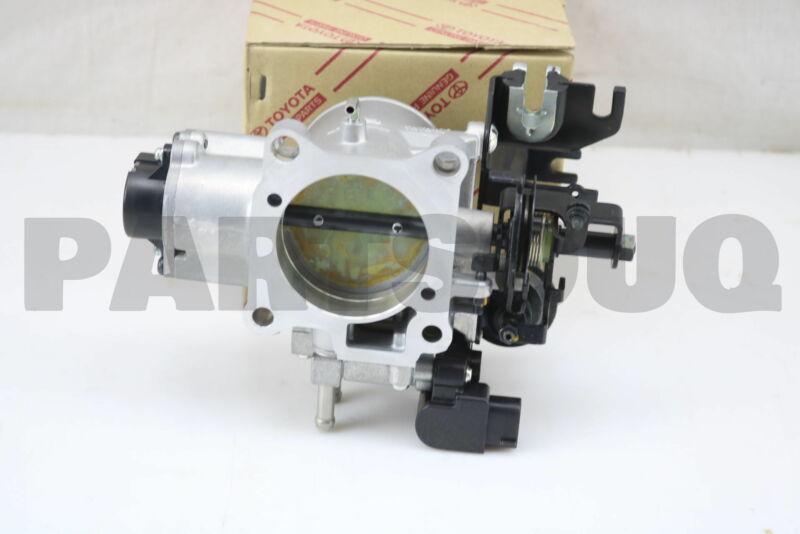 2221066070 Genuine Toyota Body Assy, Throttle 22210-66070
