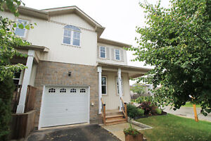 Gorgeous Corner End Townhouse, LIKE NEW - Orillia - West Ridge