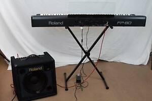 Roland FP-80 Keyboard and Roland MK-350 amp Ingleburn Campbelltown Area Preview