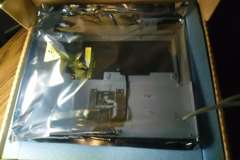 "New Apple 922-6621-b 14"" Ibook G4 Top Case"