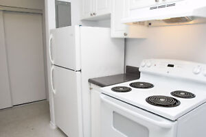 Minutes from Conestoga Parkway - Spacious 2 Bed in Kitchener!