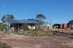 2 bedroom home - Mineral Claims and 20 Year Western Lands Lease Lightning Ridge Walgett Area Preview