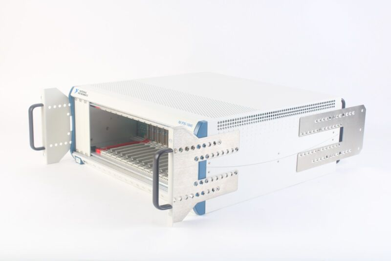 National Instruments NI PXI-1045 18-Slot 3U PXI Chassis 189105F-01