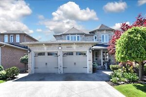 Woodbridge!...Stunning and Large! 4 beds..4 baths!