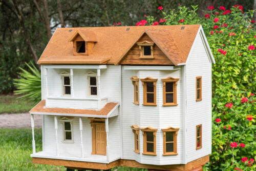 Wood DOLLHOUSE with Houseworks windows & shingles in Scale 1:12 + window & door