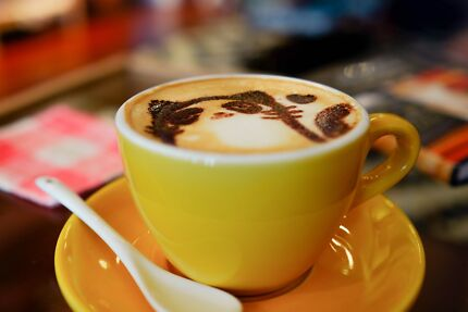Cafe Business for Sale : Popular Location on Gold Coast
