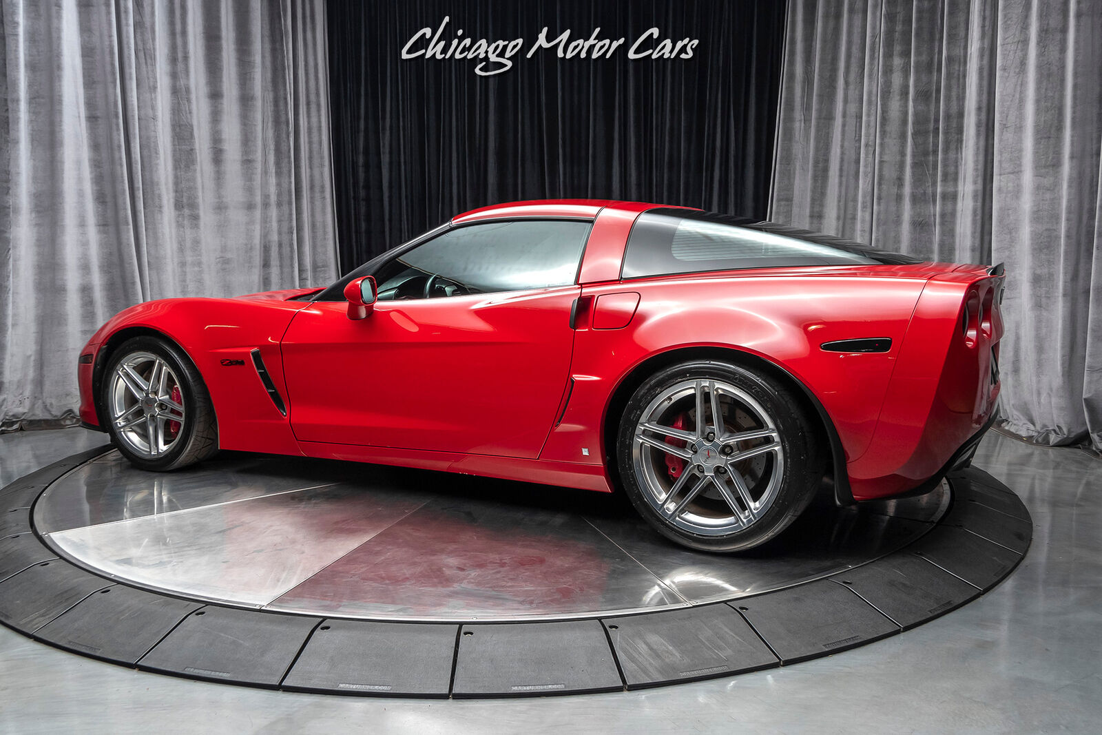 2006 Red Chevrolet Corvette Z06  | C6 Corvette Photo 3