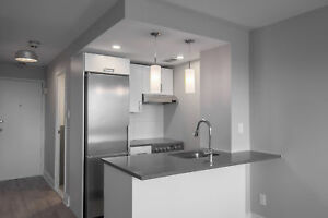 Modern Fully Renovated Studio - Footsteps from McGill - Downtown