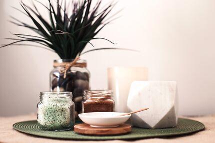 SPA Divine (WOMEN'S Massage Therapist Kingsley, North suburbs)