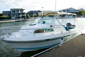 CruiseCraft Outsider 580 Fully Renovated and BRAND NEW Trailer! Bundall Gold Coast City Preview