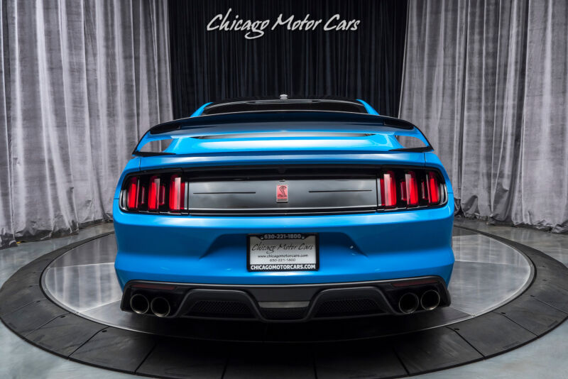 Image 4 Voiture Américaine d'occasion Ford Mustang 2017