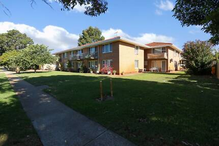 2 BEDROOM UNIT  11/64 SPENCER AVENUE YOKINE $ 230.00 PER WEEK